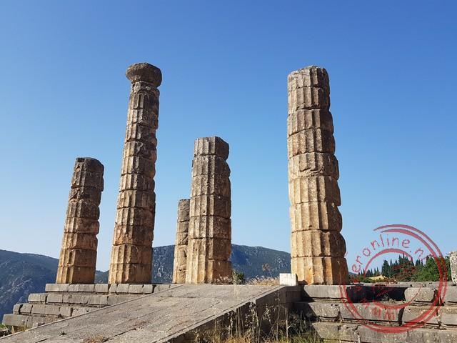 De pilaren van de tempel van Apollo