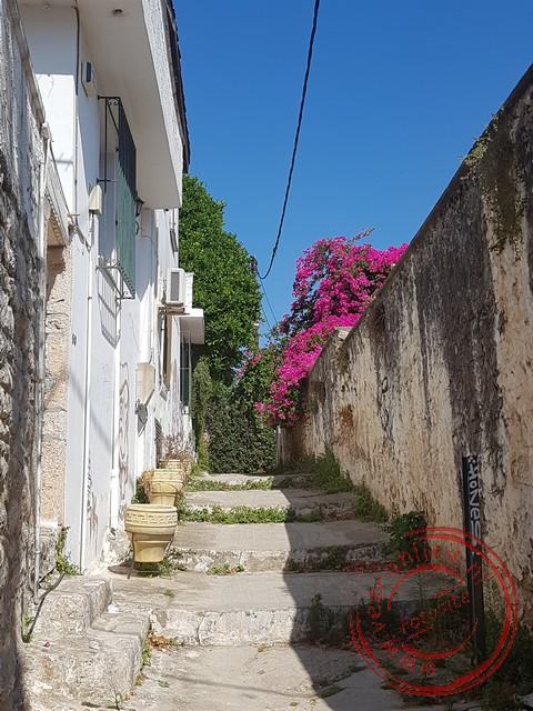 De kleurrijke straatjes in oud Nafplion