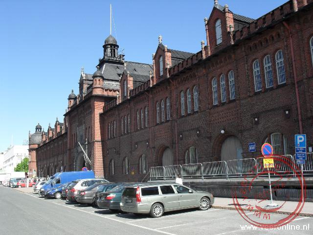 Een oude gevel in het centrum van Helsinki