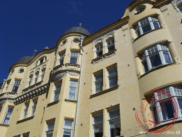 De barokke gevel in het centrum van Helsinki