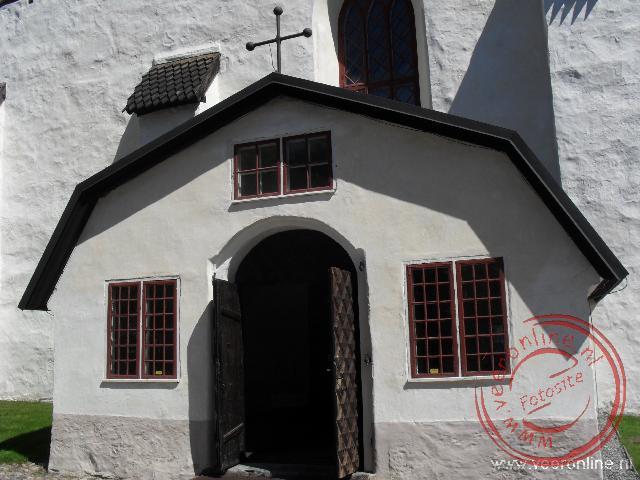 De toegang tot de kerk van Porvoo