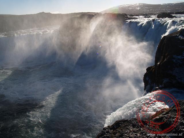 De waterval Godafoss in de gletsjer rivier Skjálfandafljót