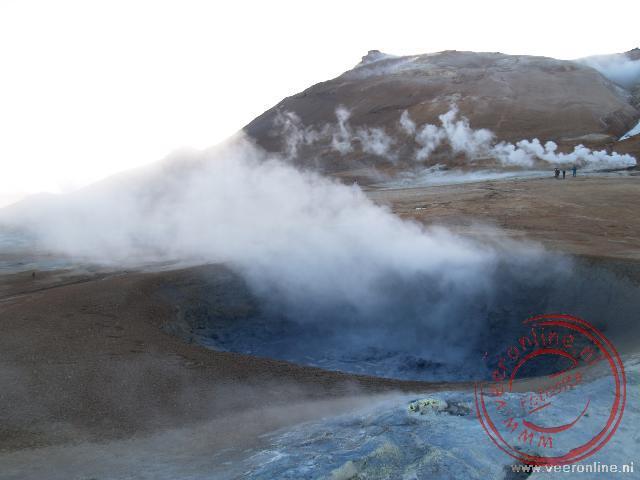 Kokend water bij de hete bronnen van Mývatn