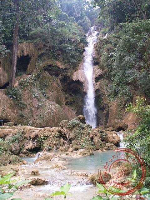 De Kuang Si Waterval ligt 30 kilomter buiten Luang Prabang