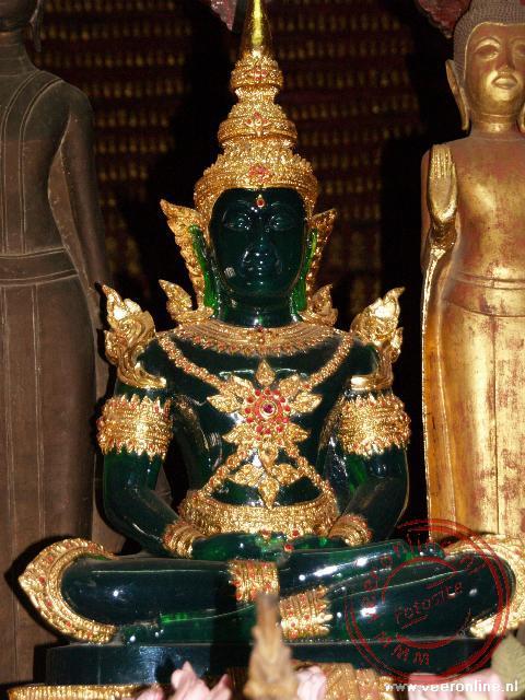 Een Boeddha afbeelding in de Wat Mai