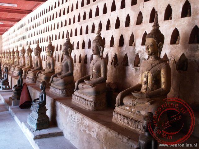 De Boeddha gallerij in de Wat Si Saket