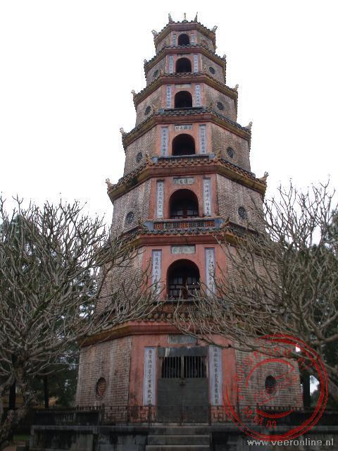 De toren van de Thien-Mu Pagode