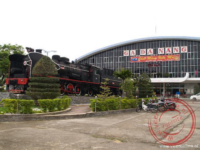 Het station van Danang. Het begin van de treinreis naar Ho Chi Minh