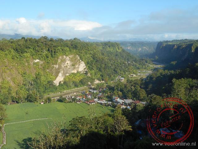 De diepe kloof aan de rand van Bukkittinggi