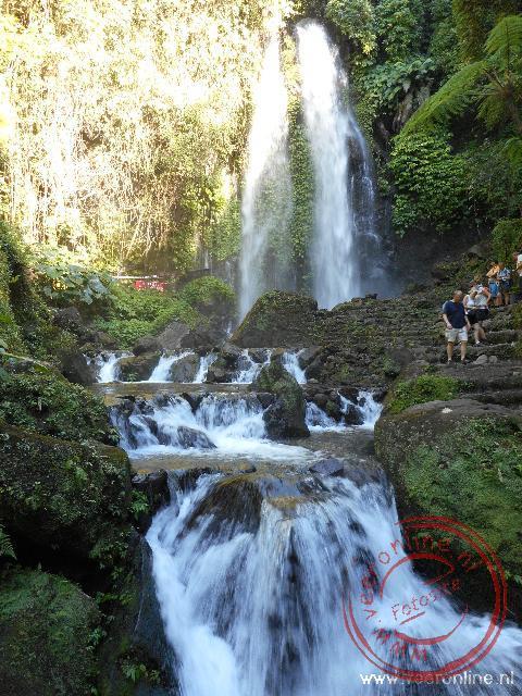 De waterval in een recreatiegebied