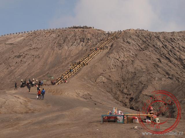 Het laatste stukje naar de Bromo vulkaan