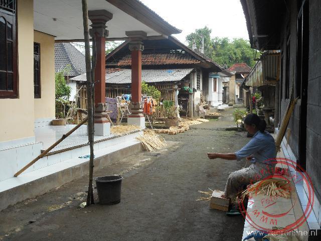 Een kleine woongemeenschap in een dropje