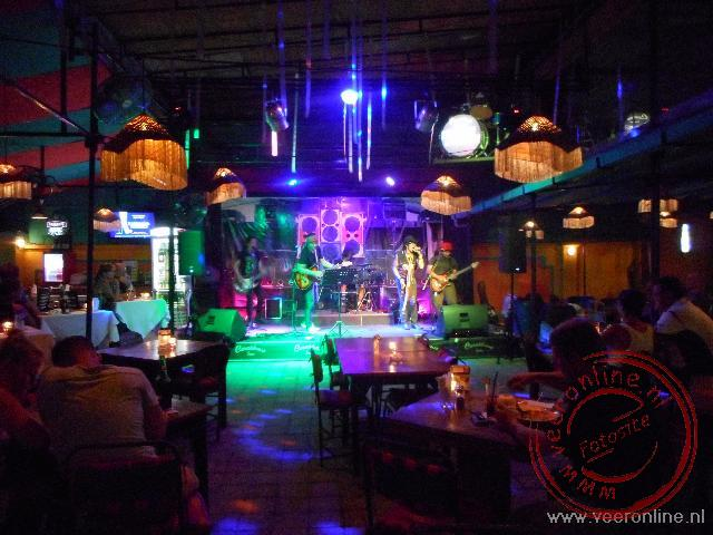 Live muziek in de Casablanca bar in Sanur