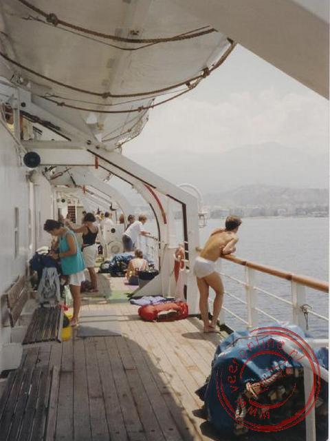 De aankomst van de boot in Patras