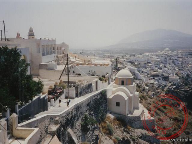 Het plaatsje Thira op Santorini