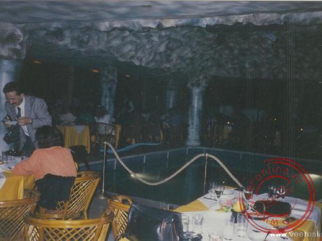 Het interieur van de discotheek