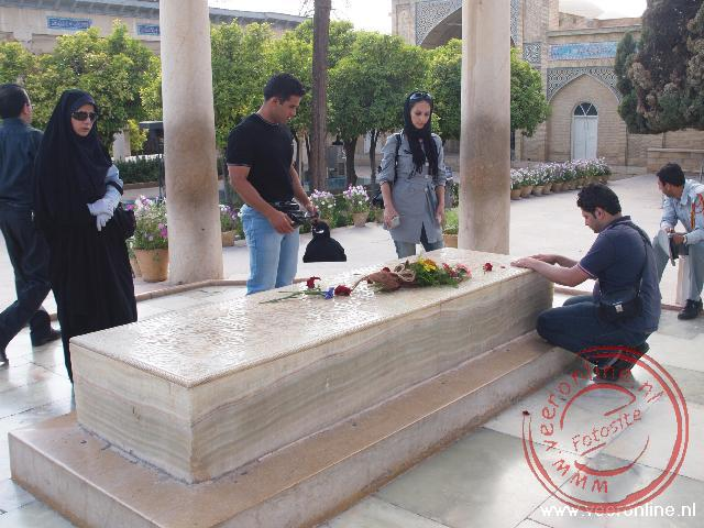 De tombe van Iraans bekendste dichter Hafez