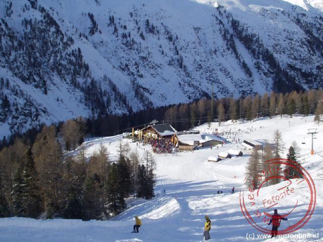 Een gezellig apres ski tentje langs de piste