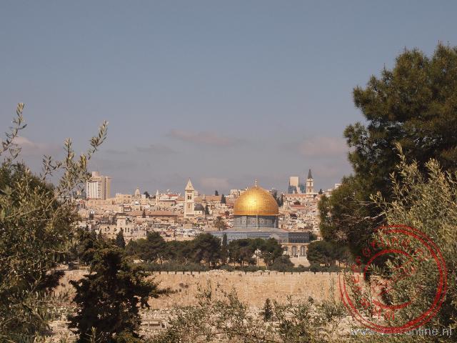 De Rotskoepelmoskee is een islamitische schrijn op de Tempelberg in Jeruzalem
