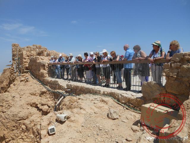 Een foto van de reisgroep op de rotsburcht Masada