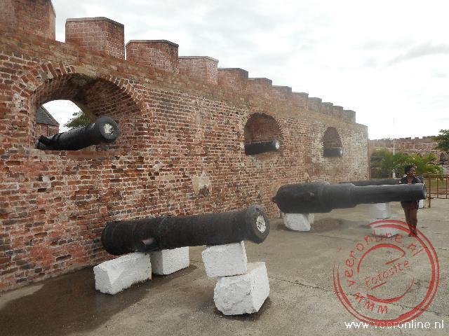 Het Fort Charles op het schiereiland bij Port Royal