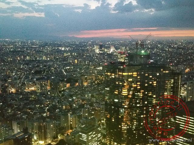 Tokyo bij avond