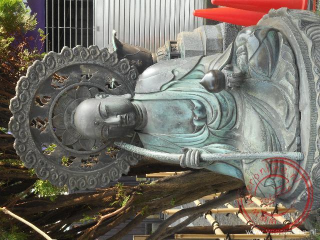 Een Beoddhistische afbeelding bij de Senso-ji tempel