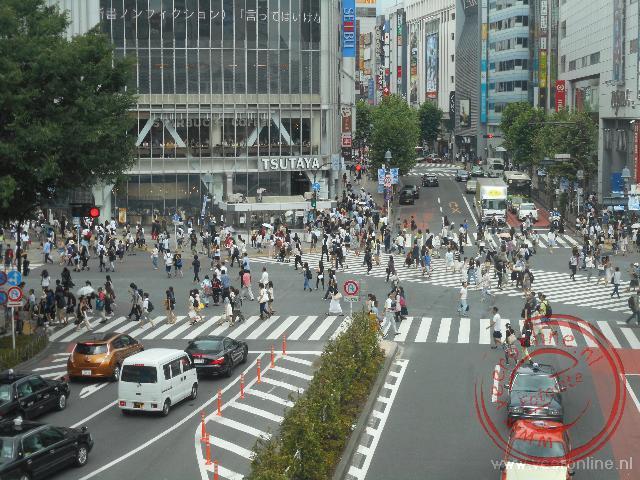 De Shibuya crossing is het drukste kruispunt van Tokyo