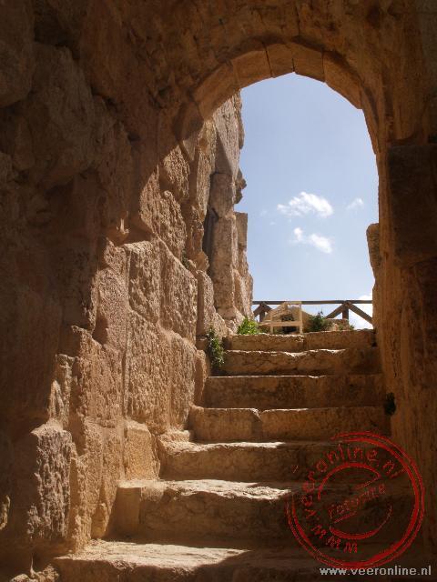 Eén van de trappen in het kasteel Ajluon