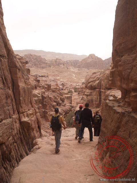 Het klooster is te bereiken vanuit Petra zelf met een 600 treden lange trap