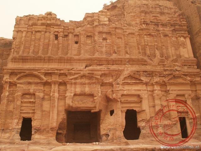 De Palace Tomb is al flink aangetast door de erosie