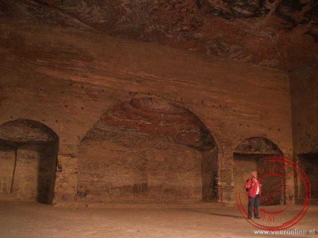 De Urn Tombs is een van de grootste uitgehouwen tombes van Petra