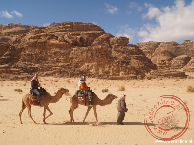 Op de kameel door de woestijn
