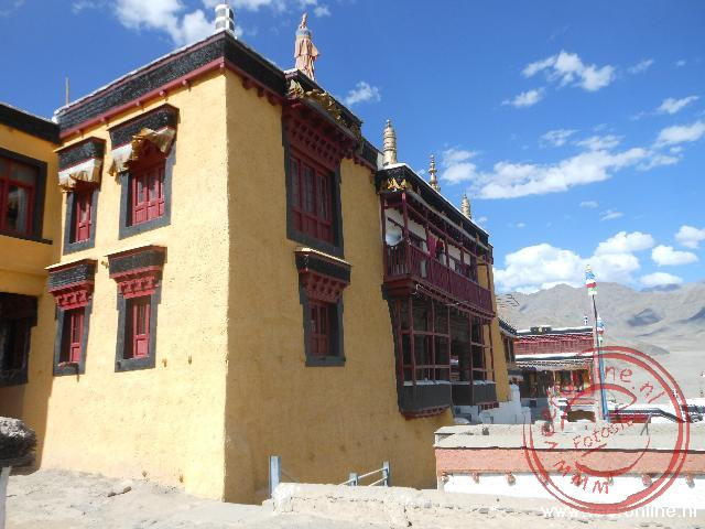 De assembly hall van het Thiksey monastery