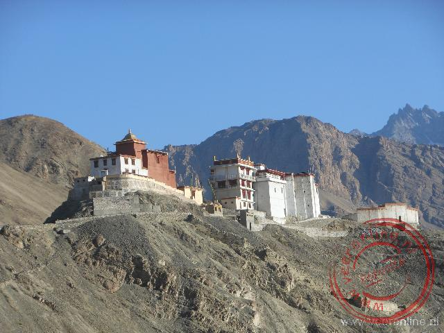 Het klooster van Themisgang ligt op de bergrots
