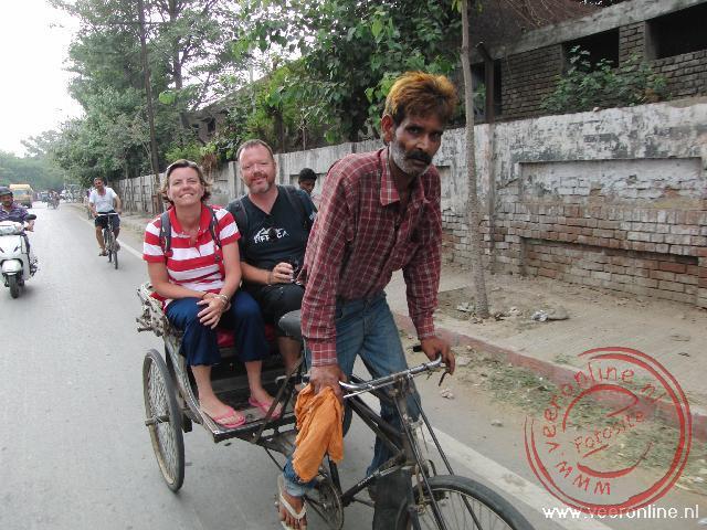 Achterop de fietstaxi door Amritsar