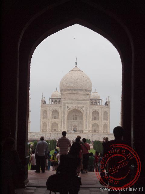 De eerste blik op de Taj Mahal vanaf de toegangspoort