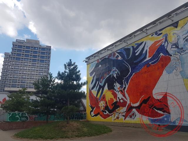 Een muurschildering in de buitenwijken van Lille