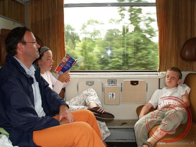 In de trein op weg naar Luxemburg Stad