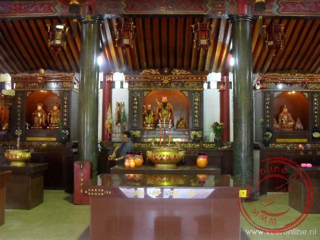 De Tua Pek Kong tempel is een Taoistische tempel in Miri