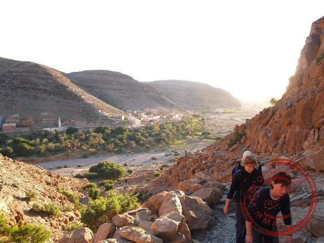 In Amtoudi beklimmen we de berg naar de Agadir