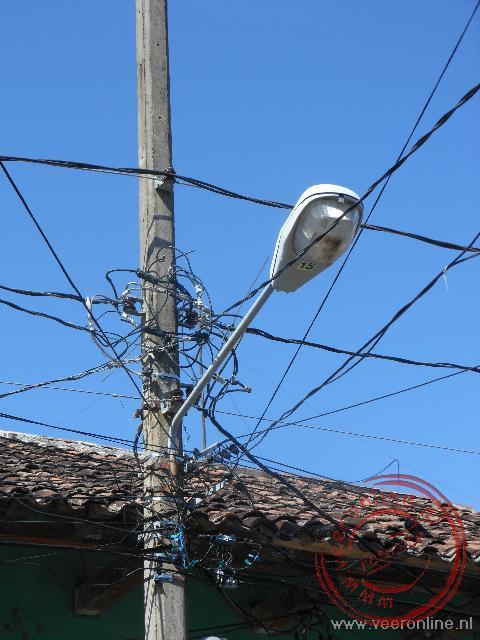 De warrige elektriciteitsdraden in Granada