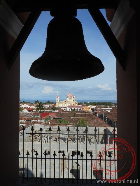 Het uitzicht op de kathedraal vanuit de La Merced kerk