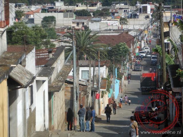Straatbeeld van het stadje Ciudad Vieja nabij Antigua