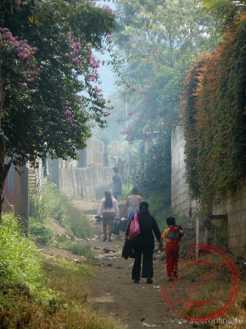 Een straatje in het arme deel van Ciudad Vieja
