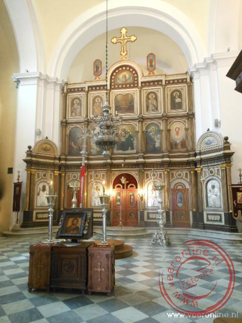 De fraaie kerk binnen de muren van oud Kotor