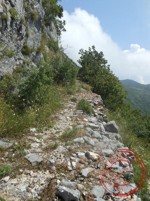 Het wandelpad door de bergen boven Budva