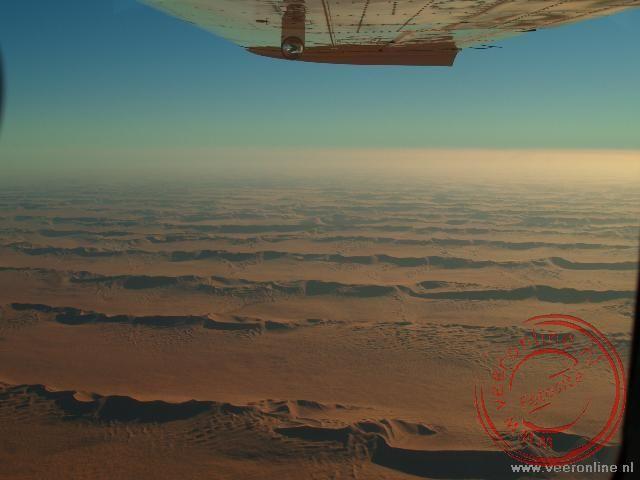 Een vlucht boven de Sossusvlei zandduinen