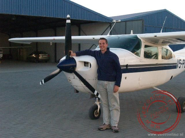 De piloot van de Cessna