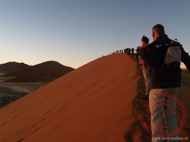 Het beklimmen van zandduin 45 in Sossusvlei